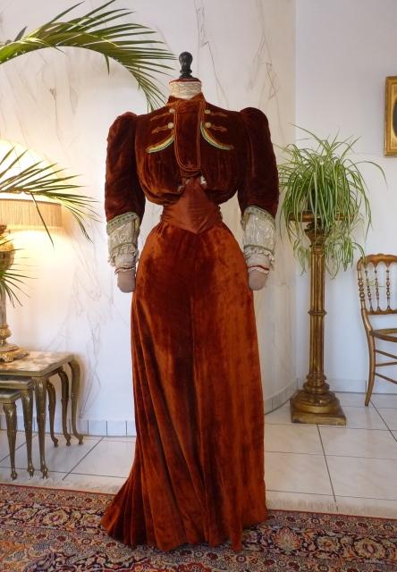Visiting Ensemble, ca. 1901 - www.antique-gown.com