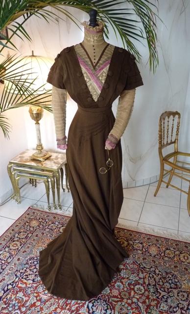 Jugendstil-Kleid aus brauner Kaschmirwolle, ca. 1910 - www ...