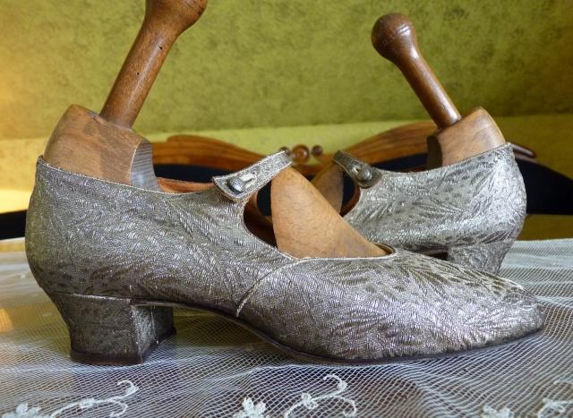 Clark Goldlamé Flapper Schuhe, 1920iger Jahre antique